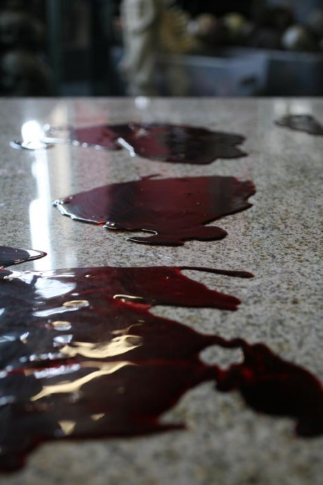 8 inch resin blood pool