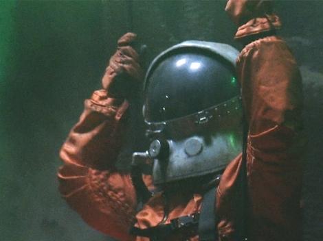Crash Landed Astronaut episode - Hot Set